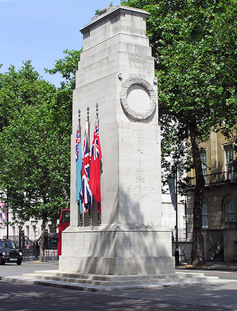 Edward Lutyens, Whitehall Cenotaph, unveiled 1920, portland stone, London (photo: Godot13, CC BY-SA 3.0)