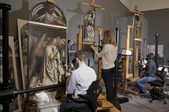 Conservation of the Ghent Altarpiece, begun in 2012 (photo: Flemish Primitives)