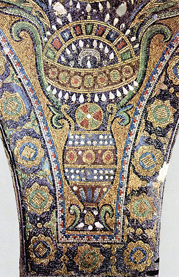 Mosaic detail from the Dome of the Rock (public domain)